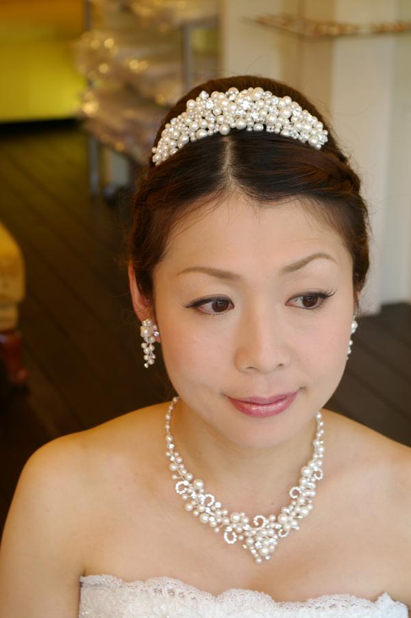 74bdeafab6df9 梨花 髪型 画像. 結婚式髪型アレンジや花嫁とお呼ばれゲストのヘアスタイル.